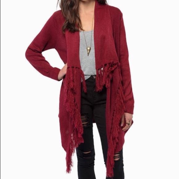 7ec025abf80 Tobi M Claudia Red Fringe Open Cardigan Sweater. M 5b75e52bb6a9429c81e436a9